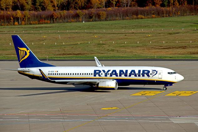 Ryanair: Mit diesen 6 Tricks passt alles ins Handgepäck!