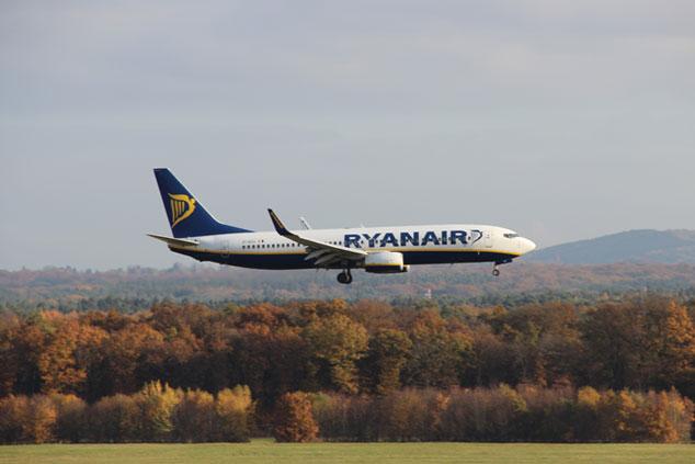 Ryanair Handgepäck-Bestimmungen 2018: Maße, Gewicht…