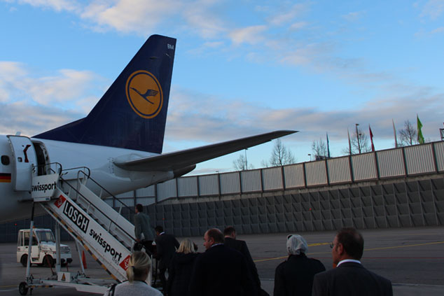 Soviel Flüssigkeiten dürfen bei Lufthansa ins Handgepäck!