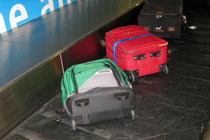 Handgepäck im Frachtraum bei Ryanair