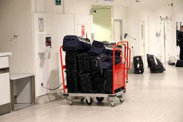 Ryanair: Zwei Gepäckstücke zusammenlegen ist ERLAUBT!