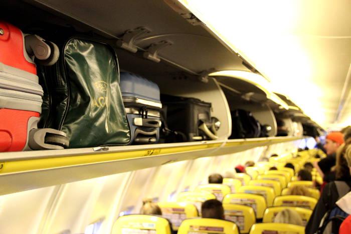 Sitzerhöhung für Kinder bei Ryanair mitnehmen