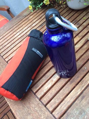 Alu-Trinkflasche im Handgepäck