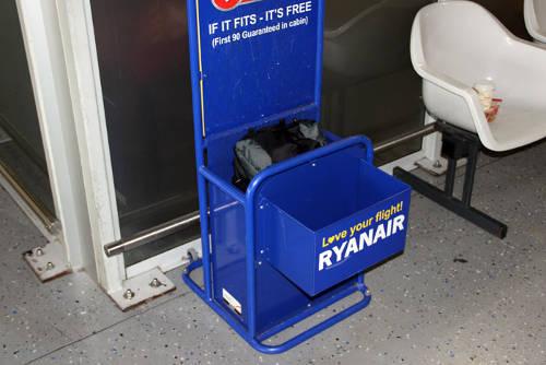 ryanair-handgepaeck-tester-500
