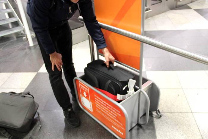 Mit einem Leergewicht von 2,8 Kilogramm ist der Travelite Orlando-53cm kein Leichtgewicht