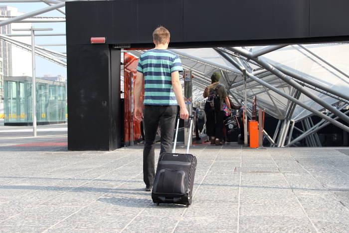 Das Design des Travelite Orlando-53cm ist schlicht und unauffällig.