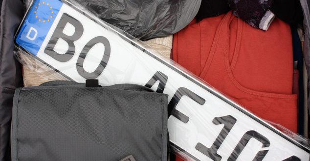 Nummernschilder dürfen ins Handgepäck!