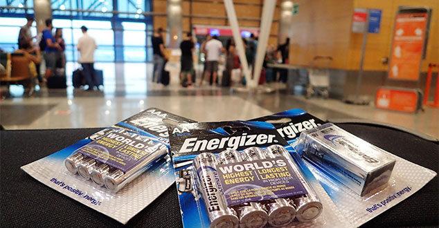 Mignon-Batterien können ins Handgepäck!