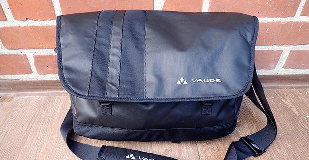 Die Vaude Ayo-Umhängetasche als zusätzliches kleines Handgepäck