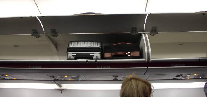 Das muss bei flugreisen ins handgepäck