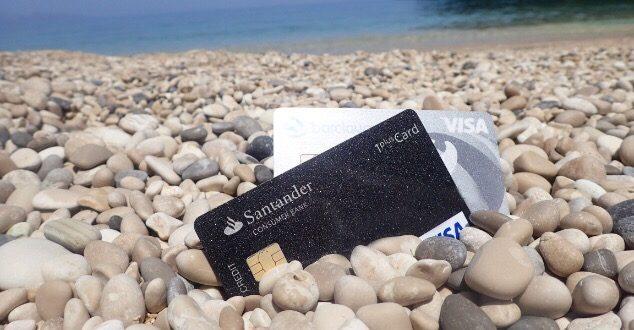 Fünf beliebte Reisekreditkarten im Vergleich